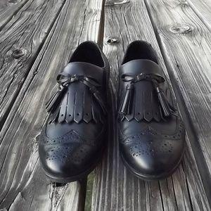 BORN Black Leather Wingtip Tassel Kiltie Loafers 9